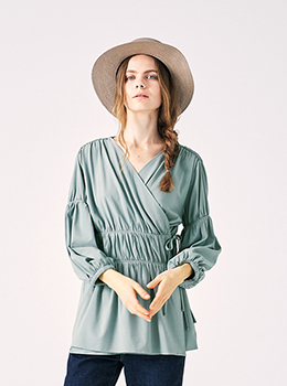 Cache-Coeur Gathered Blouse